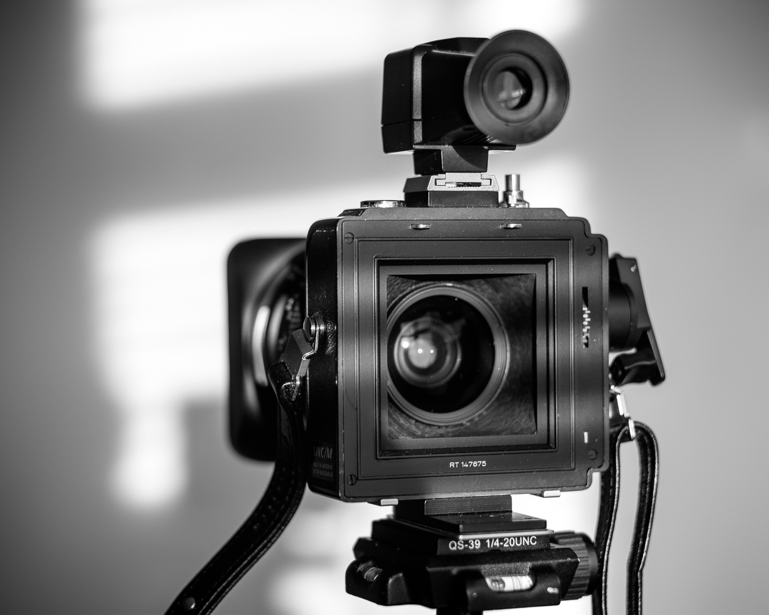 Hasselblad SWC Review (Best Wide Angle Lens?)