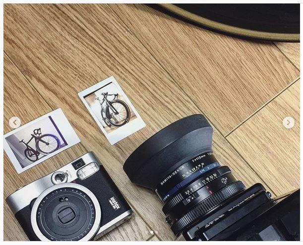 Fuji Instax Mini Mamiya RZ67 camera